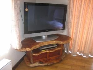 一枚板ボードTV (10)