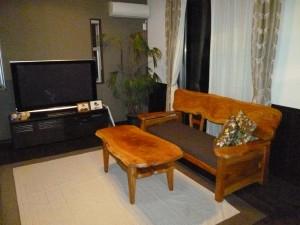 一枚板ソファ椅子 (11)