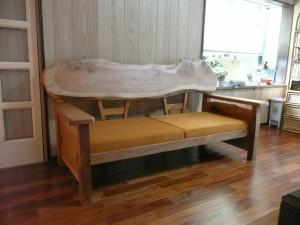一枚板ソファ椅子 (20)